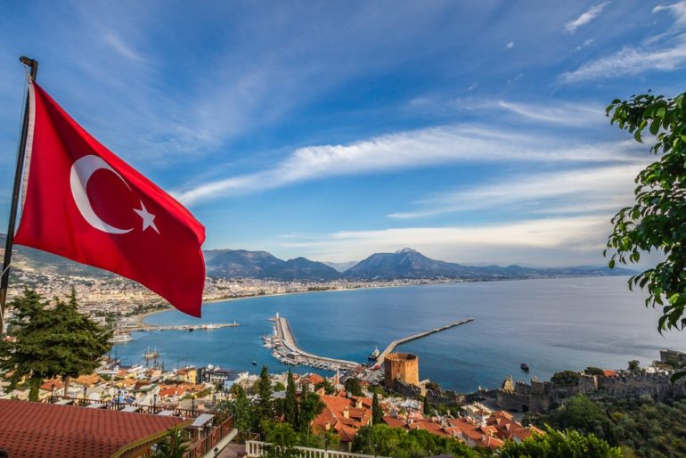 На сколько турки разводят русских на курортах. Не попадись